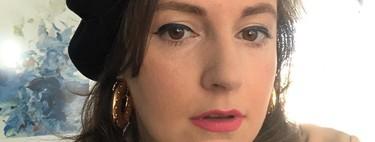 Lena Dunham habla del síndrome de Ehlers-Danlos que sufre, después de haber sido fotografiada en la calle en camisón y con un bastón