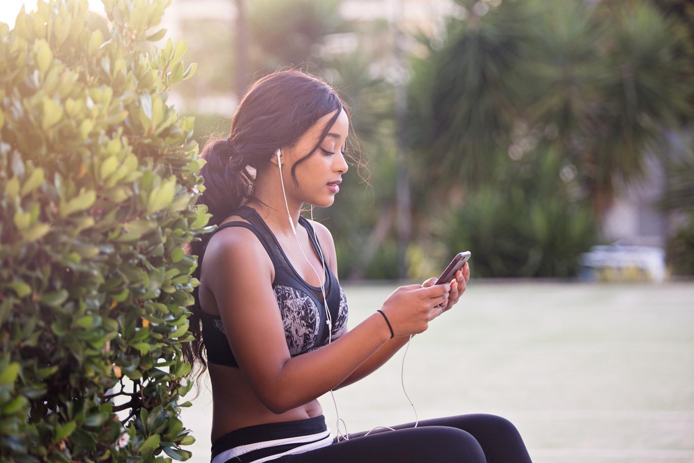 HIIT en el parque: cinco rutinas HIIT que puedes hacer al aire libre