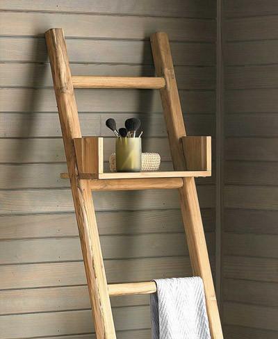 escalera con estantera para el bao