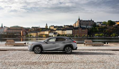 Lexus UX 250h 2019, precios