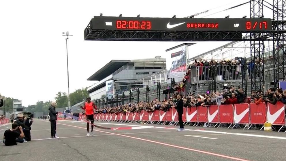 Nike no pudo bajar las dos horas en la Maratón de Monza