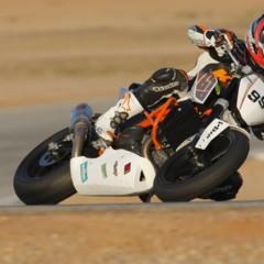 Foto 3 de 17 de la galería ktm-690-duke-track-limitada-a-200-unidades-definitivamente-quiero-una-ktm-690-ejc en Motorpasion Moto