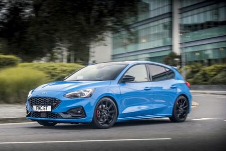 Ford Focus ST Edition: el compacto deportivo de 280 CV se vuelve un poco más radical después de pasar por Nürburgring