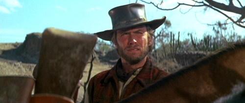 Clint Eastwood Dos Mulas Y Una Mujer