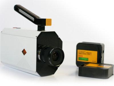 Es 2016 y Kodak anuncia una cámara que graba en Super 8 y usa película