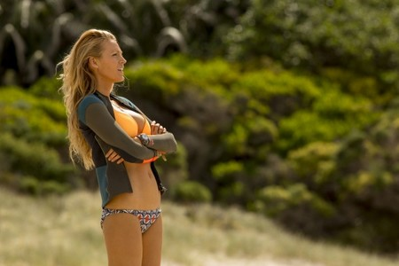 The Shallows Blake Lively Swimsuit 600x400