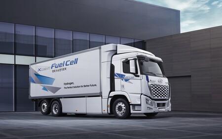 Hyundai Xcient Fuel Cell 2021 5