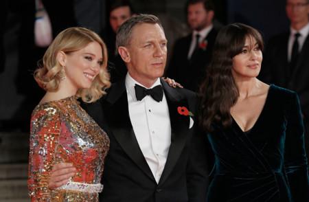Léa Seydoux, Daniel Craig y Monica Bellucci en la premiere de Spectre