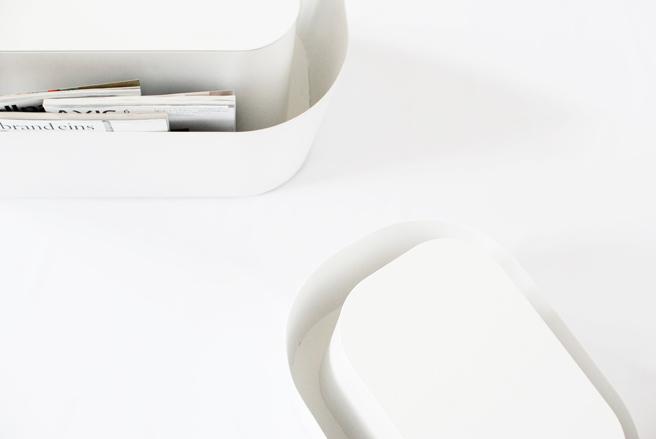 Foto de Reading table, mesa y revistero todo en uno (3/4)