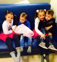 El deporte procrea: llegó el niño de Pepe Reina y princesa en camino para Cesc Fabregas