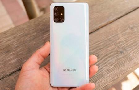 Samsung planea llevar la carga inalámbrica a los Galaxy A de gama media, según The Elec