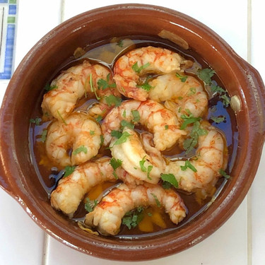 Cinco recetas con una salsa deliciosa ideales para compartir en el picoteo del finde
