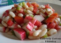 Ensalada de alubias y surimi. Receta saludable