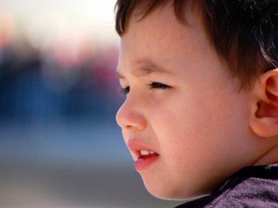 ¿Qué son los tics infantiles? Vídeo