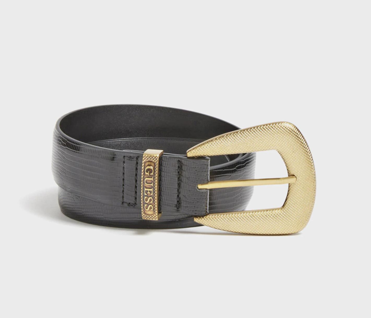 Cinturón en negro con hebilla dorada