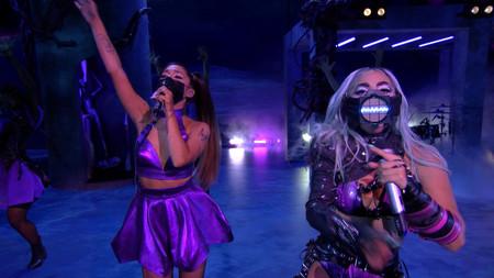 Lady Gaga y Ariana Grande brillan en los MTV VMA 2020 con una actuación espectacular donde no faltaron las mascarillas