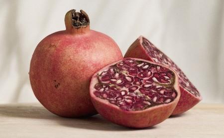Todo sobre la granada: propiedades, beneficios y su uso en la cocina