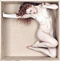 'The Box' y otros proyectos, los desnudos melancólicos pero no eróticos de Erik Kellerman