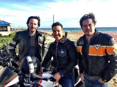 Keanu Reeves y las motos, un amor que ahora empieza a dar sus primeros frutos