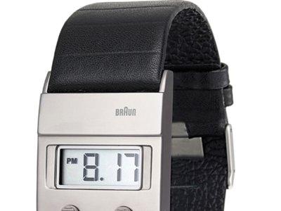 Ahora que vuelven los 70: el reloj digital de Dieter Rams