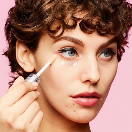 benefit cosmetics cakeless concealer corrector