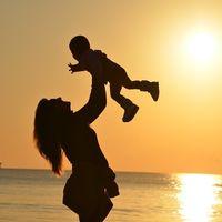 """""""Mi hijo hoy no puede correr, pero mañana podrá volar"""", el conmovedor testimonio de una madre con un niño con síndrome de Perthes"""