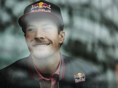"""Tommy Hayden: """"Queremos que se recuerde a Nicky como más feliz era, pilotando"""""""