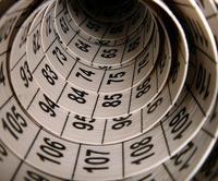 Orígenes y curiosidades de los números, uno a uno (y III)