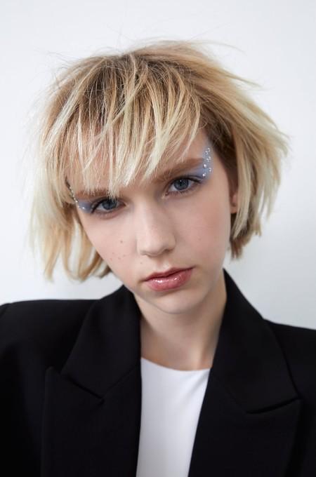 Zara Maquillaje Pedreria 01