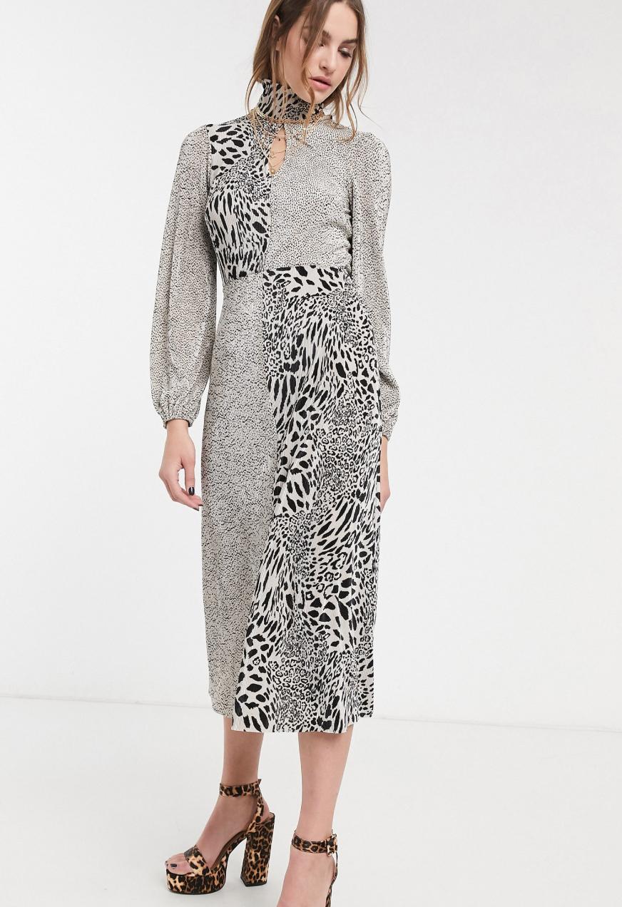 Vestido midi con pliegues combinados y estampado animal de ASOS DESIGN