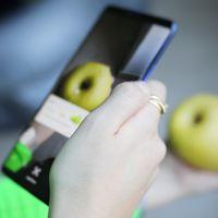 La cámara del móvil ahora sirve para comprar lo que ves, traducir textos o mostrar las calorías de lo que comes