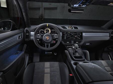 Porsche Cayenne Turbo Gt 29
