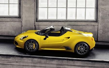 Alfa Romeo 4c Spider 650 01
