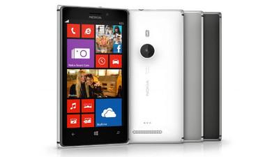 Nokia proveerá a los empleados de CaixaBank con 30 mil Nokia Lumia 925