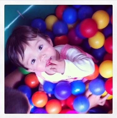 La foto de tu bebé: Sofia en el parque de bolas