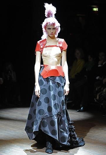 Foto de Comme des Garçons, Primavera-Verano 2010 en la Semana de la Moda de París (14/14)
