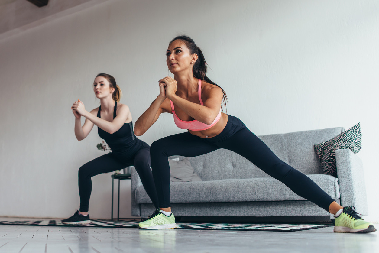 Ejercicios Para Entrenar Las Piernas En Casa Y En El Gimnasio