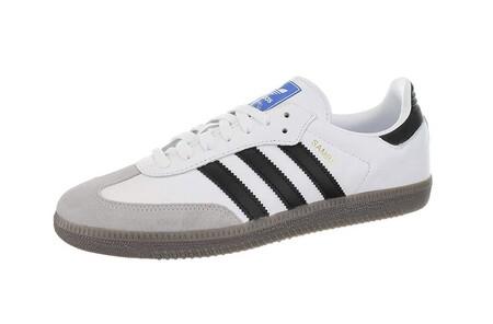 Chollo en Amazon con las zapatillas Adidas Samba OG, disponibles en varias tallas por 44,95 euros y envío gratis