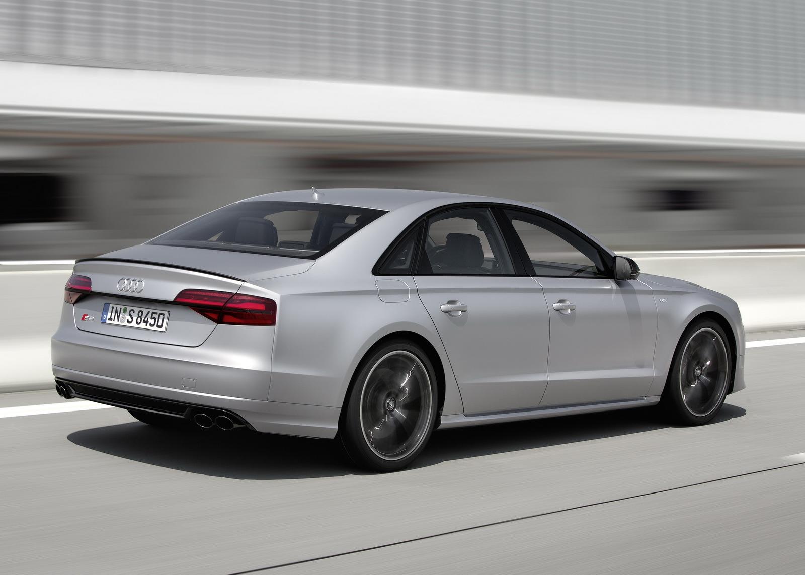 Audi S8 Plus 6 23