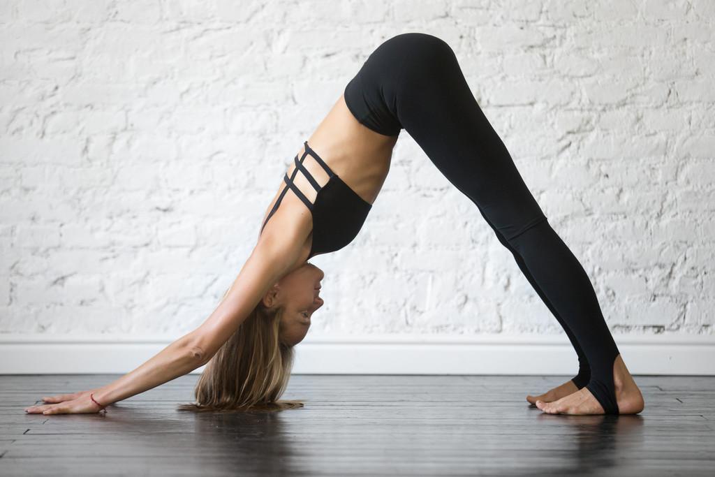 Una rutina de Yoga para realizar por la mañana al despertar en tan solo 10 minutos
