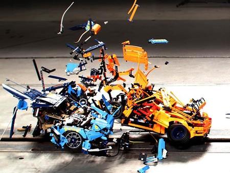 Crash test LEGO Technic: Bugatti Chiron vs Porsche 911 GT3 RS
