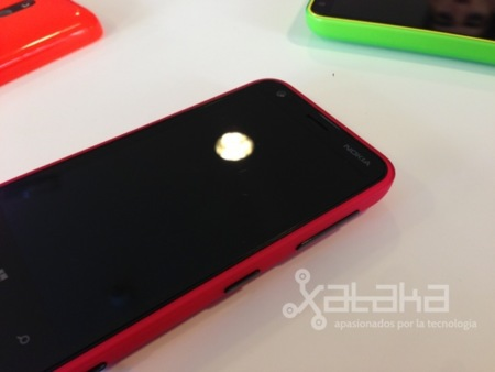 Nokia Lumia 620 pantalla primeras impresiones