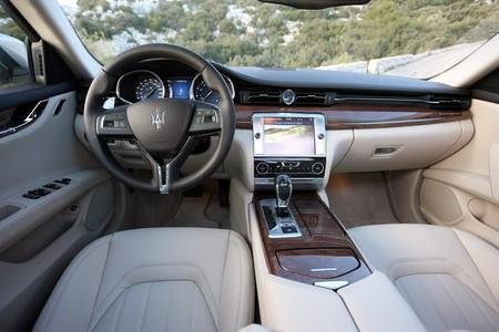 Maserati Quattroporte, vista interior