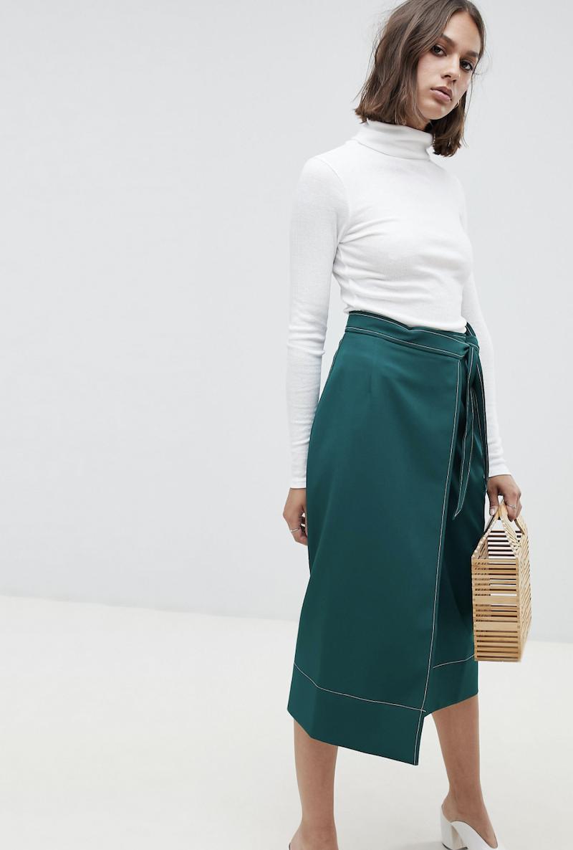 Falda midi de sastre con diseño cruzado y pespuntes de ASOS DESIGN