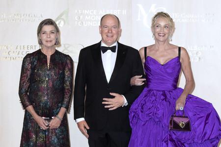 Tres looks de Carolina de Mónaco vestida de Chanel que demuestran que es la perfecta sustituta de Charlène