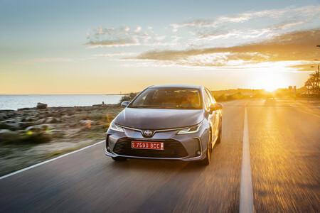 Corolla Sedan 1 8l Grey 2019 040 823191ok