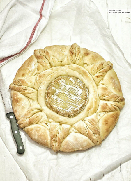 Sorprende a tus comensales con este pan camembert. Receta con y sin Thermomix
