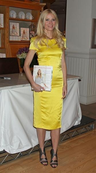 gwyneth vestido amarillo