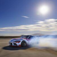 El video de este Toyota Supra haciendo drifting de forma autónoma es lo más loco que verás hoy