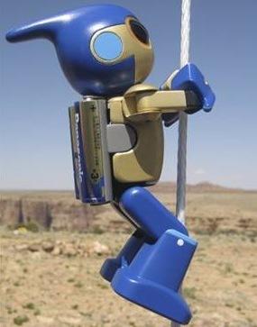 Robot que escala el Gran Cañón con dos pilas
